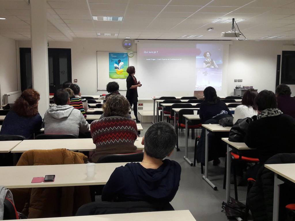 Conférences APEL : Une aide à la parentalité !